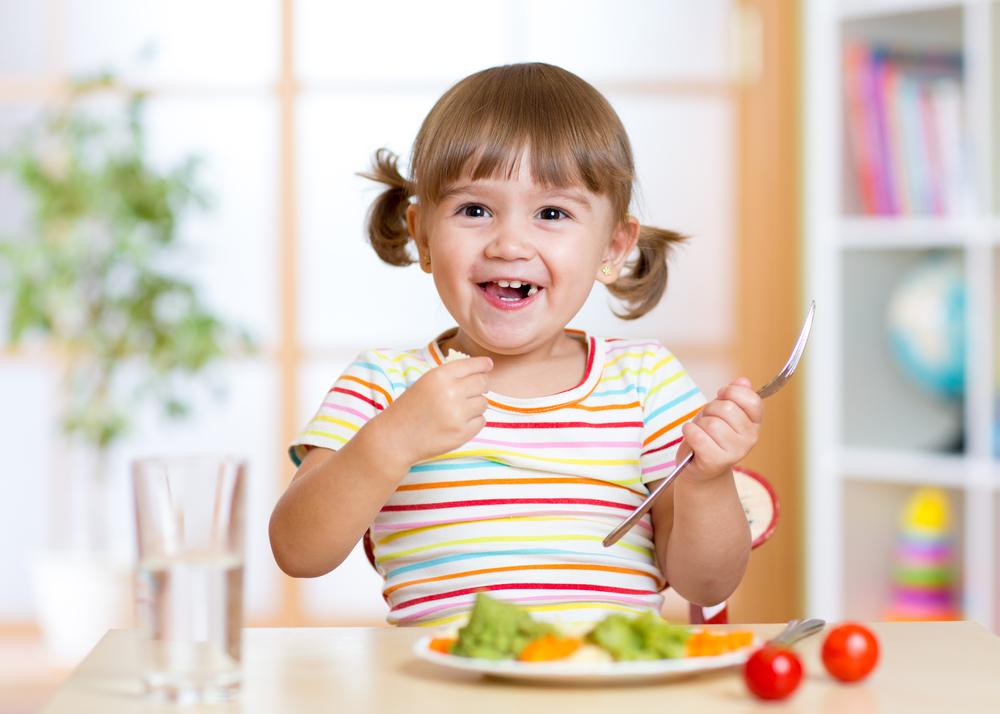 Teaching Table Manners to Your Young Kids